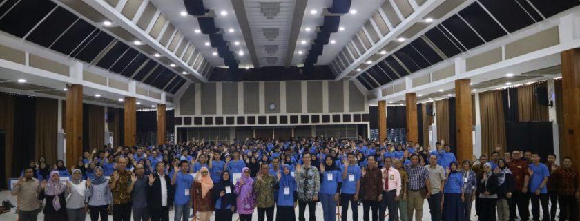 Membangkitkan Generasi Cerdas Berbudiluhur KKN Universitas Budi Luhur Periode Genap 2018/2019