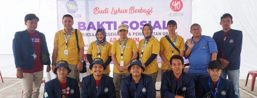 Yayasan Pendidikan Budi Luhur Cakti Menebar Kebaikan Bersama Mahasiswa KKN Universitas Budi Luhur, Memberikan Pelayanan Kesehatan dan Pengobatan Gratis