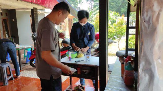 Mahasiswa Universitas Budi Luhur Membantu Pelaku Usaha UMKM, Serta Meningkatkan Penanganan Limbah Lingkungan Masyarakat
